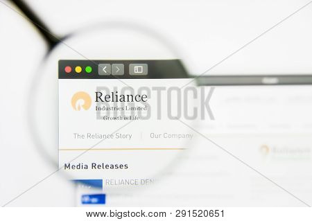 Los Angeles, California, Usa - 25 March 2019: Illustrative Editorial Of Reliance Industries Website