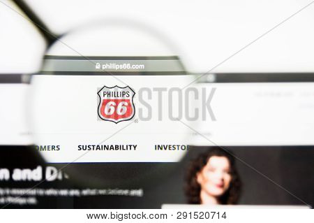 Los Angeles, California, Usa - 25 March 2019: Illustrative Editorial Of Phillips 66 Website Homepage