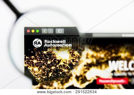 Los Angeles, California, Usa - 25 March 2019: Illustrative Editorial Of Rockwell Automation Website