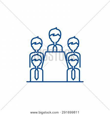 Board Of Directors Line Icon Concept. Board Of Directors Flat  Vector Symbol, Sign, Outline Illustra