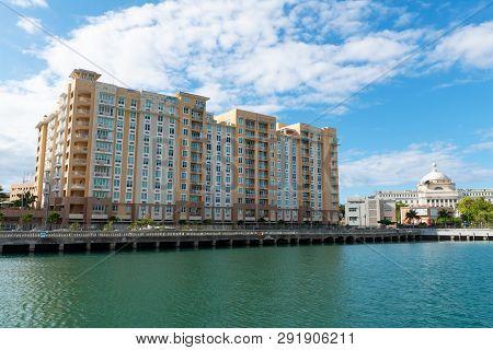 Harborside Apartments