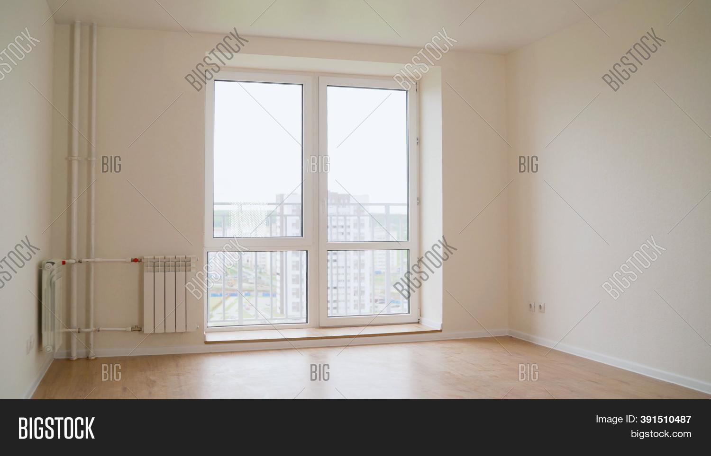 Empty Bedroom Entrance Image Photo Free Trial Bigstock