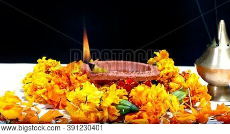 Diwali Diya, Oil Lamp Beautifully Decorated On The Festive Occasion Of Deepavali, Deepawali In India