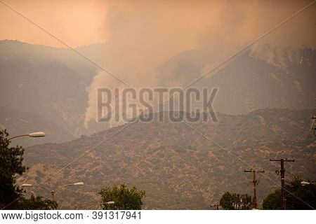Breathing The Air In California Feels Like Chain-smoking. The Fuels Are Extremely Dry. Big Wildfire.