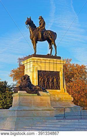 Ulysses Us Grant Equestrian Statue At Sunset In Washington Dc, Usa. Civil War Memorial On Capitol Hi