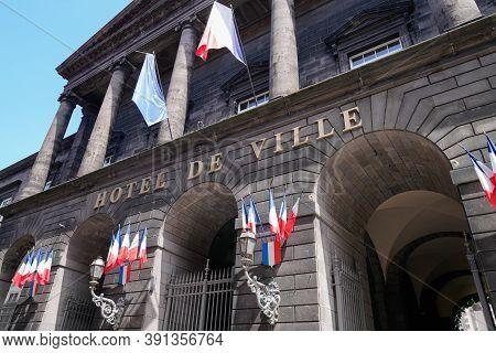 Clermont-ferrand , Auvergne / France - 10 20 2020 : Hotel De Ville Of Clermont Ferrand And Flag Mean