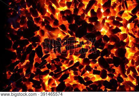 Anthracite Coal Enriched With Fine Fraction Is Scattered In An Even Layer And Burns.