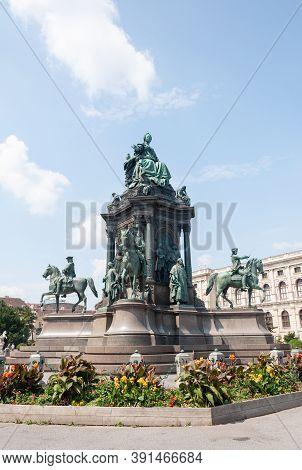Monument To Austrian Empress Maria Theresa Walburga Amalia Christina (1717-1780) On Maria-theresien-