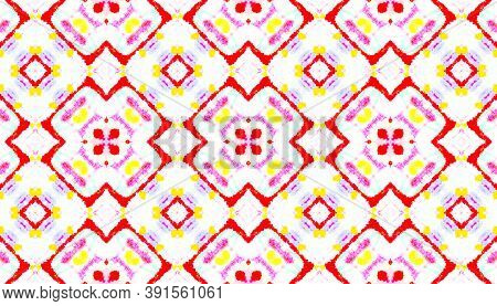 Seamless Watercolor Ethnic Pattern. Artistic Painted Mosaic Design. Colorful And White Color. Tie-dy