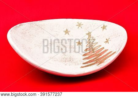 Christmas Tree Toys, Holiday Plate, Brown Stand, Decorated With Golden Christmas Tree And Stars, On