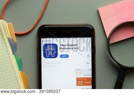 New York, Usa - 26 October 2020: Axios Registro Elettronico Alu Mobile App Logo On Phone Screen Clos
