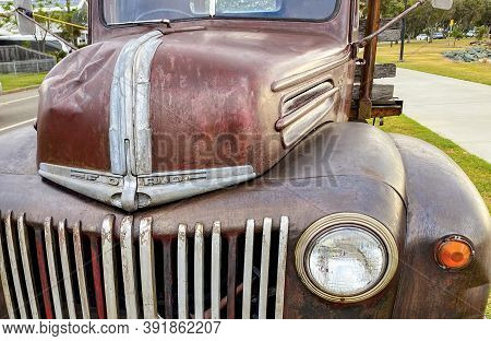 Redcliffe, Australia - Oct 25, 2020: Oldtimer Ford 1 ½ Ton Pickup, Built Circa 1945 In Usa, With Ful