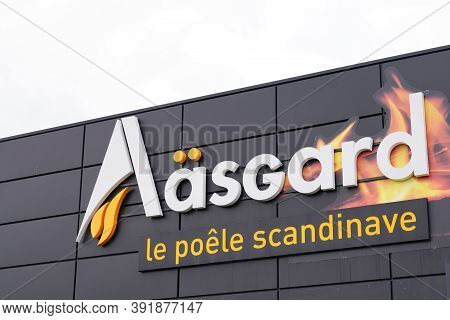 Bordeaux , Aquitaine / France - 10 20 2020 : Aasgard Logo And Text Sign Of Scandinavian Stove Store