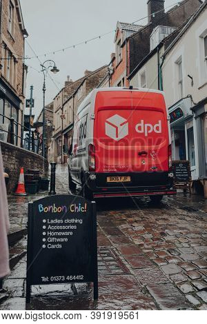 Frome, Uk - October 04, 2020: Dpd Delivery Van Driving On A Narrow Street In Frome, Somerset, Uk. Dp