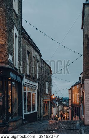 Frome, Uk - October 04, 2020: View Of Closed Shops On Castle Street In Frome, A Market Town In The C
