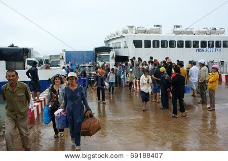 Thanh Thoi Ferry Boat, Ha Tien, Phu Quoc