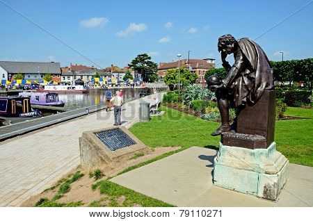 Hamlet statue, Stratford-upon-Avon.