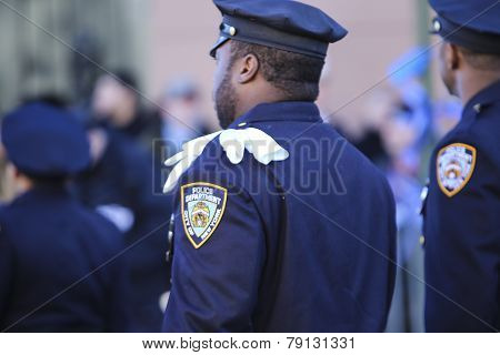 NYPD officer with white gloves