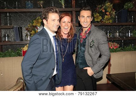 LOS ANGELES - DEC11: Tom Lenk, Elisa Donovan, Scott Nevins at Scott Nevins Presents SPARKLE: An All-Star Holiday Concert to benefit The Actors Fund on December 11, 2014 in Los Angeles, California