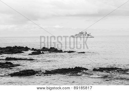Yacht at Las Bachas Beach