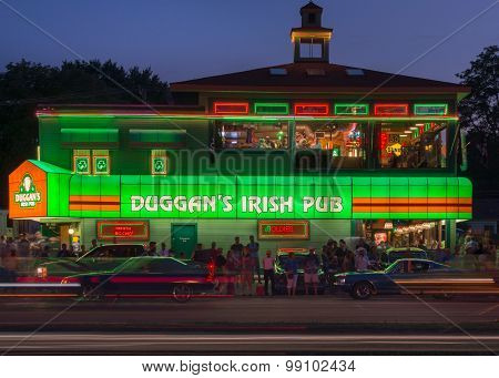 Duggan's Irish Pub, Woodward Dream Cruise, MI