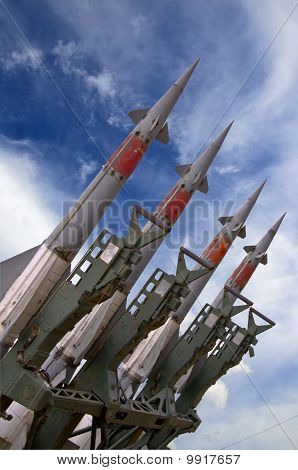 Missile weapons