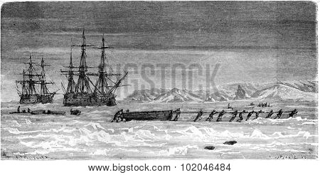 Spitsbergen, Ships trapped in the ice, vintage engraved illustration. Le Tour du Monde, Travel Journal, (1865).
