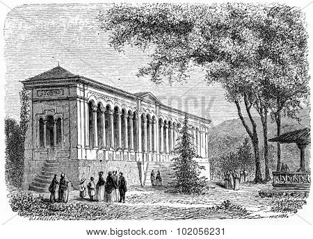 Trinkhalle, vintage engraved illustration. From Chemin des Ecoliers, 1861.