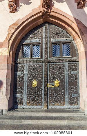 Detail Of Old Wooden Door Of Townhall  In Frankfurt