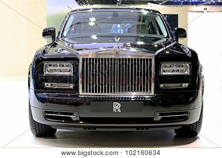 Black Rolls Royce Luxury Car