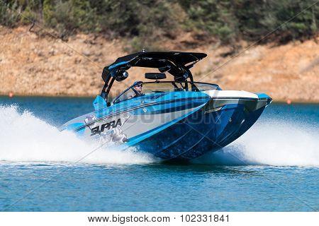 Supra Boat