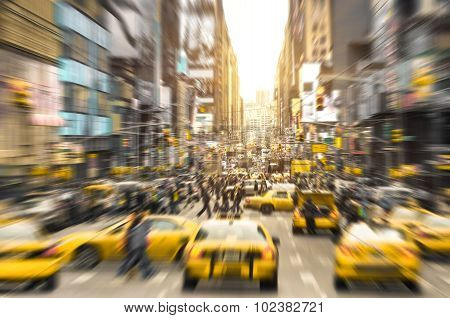 Rush Hour With Yellow Taxi Cabs And Melting Pot People On 7Th Av. In Manhattan Downtown At Sunset