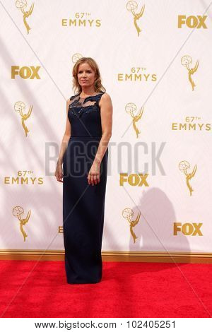 LOS ANGELES - SEP 20:  Kim DIckens at the Primetime Emmy Awards Arrivals at the Microsoft Theater on September 20, 2015 in Los Angeles, CA