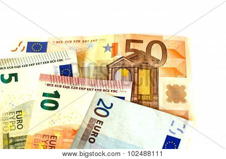 Bills nominal value of five euros, ten euros , twenty euros  and fifty euros.
