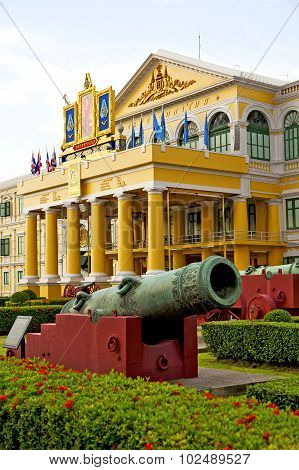 Cannon Bangkok In   Architecture  Garden Steet