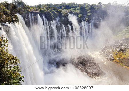 Kalandula Falls