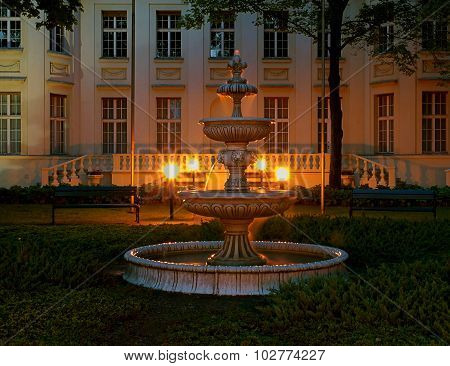 Fountain of the palace Biederman.