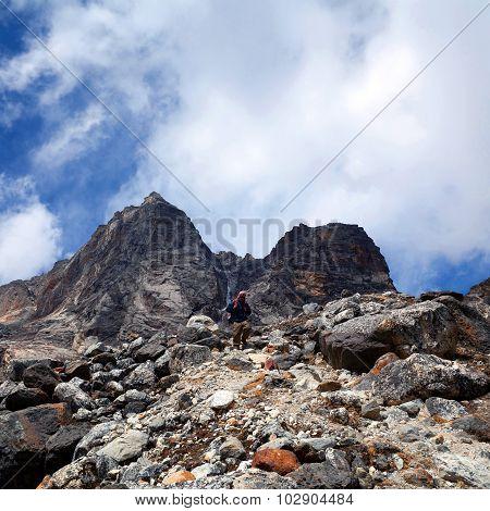 Cho La pass in Sagarmatha National Park, Nepal