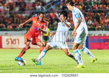Sisaket Thailand-september 20: Adefolarin Durosinmi Of Sisaket Fc. (orange) In Action During Thai Pr