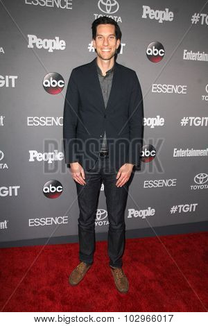 LOS ANGELES - SEP 26:  Pete Nowalk at the TGIT 2015 Premiere Event Red Carpet at the Gracias Madre on September 26, 2015 in Los Angeles, CA