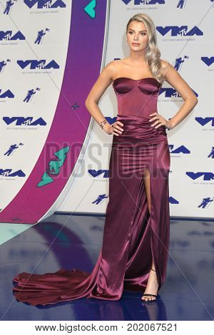 LOS ANGELES - AUG 27:  Alissa Violet at the MTV Video Music Awards 2017 at The Forum on August 27, 2017 in Inglewood, CA