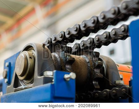 The Mechanism Of The Chain Transmission. Bearing, Drive Shaft, Gear And Chain Lubrication