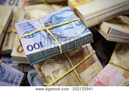 Real Brazilian Money notas de 100 e 50 reais