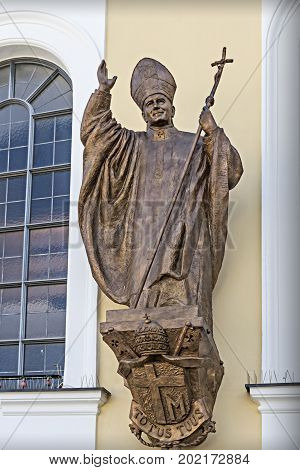 Pope Benedict Xvi Bronze Statue