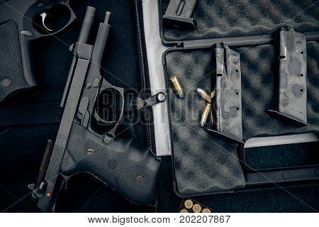 The Gun And Gun Short Black Pistol