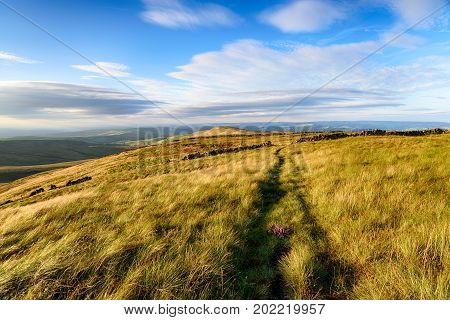 The summit of Shining Tor in the Cheshire Peak District looking north towards Oldgate Nick