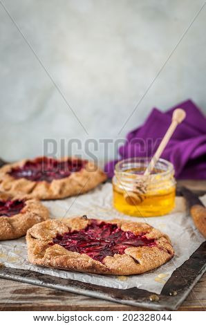 Wholemeal Plum Galettes With Honey