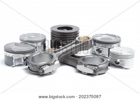 Pistons And Connecting Rods