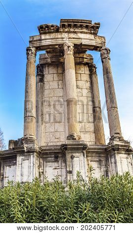 Temple of Vesta Corinthian Columns Roman Forum Rome Italy. This temple was built in the 300s AD but there has always been a Temple of Vesta. 10 Virgins were required to keep the fire buring at the temple on penalty of physical punishment.