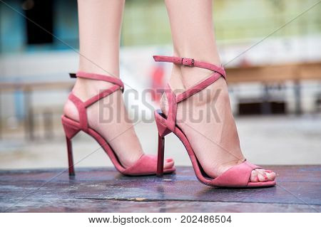 Women's Legs In Summer High-heeled Shoes